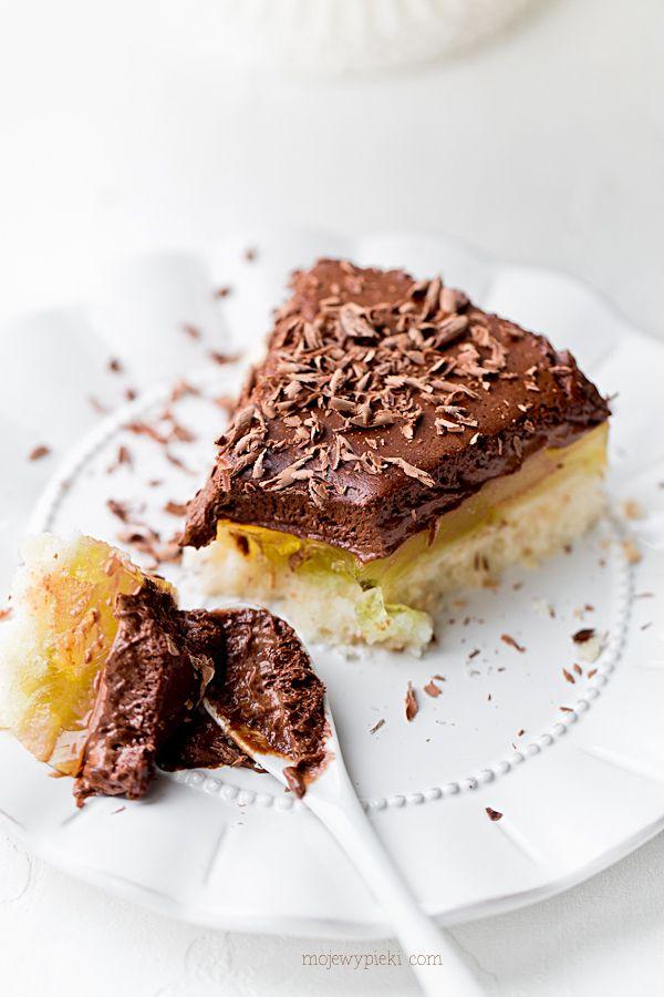 Torcik gruszkowy z musem czekoladowym