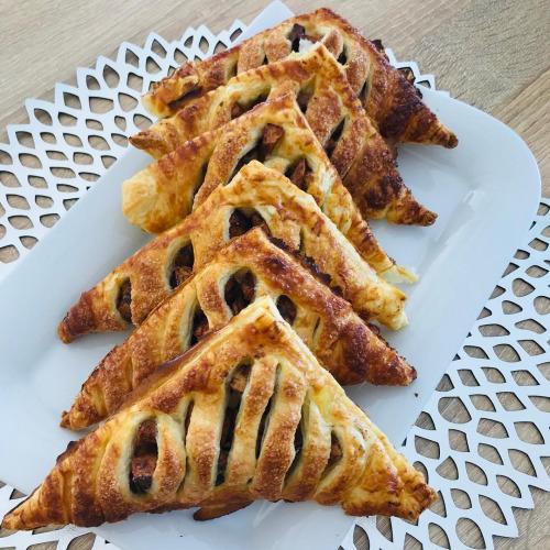 ciastka francuskie z jabłkiem i cynamonem